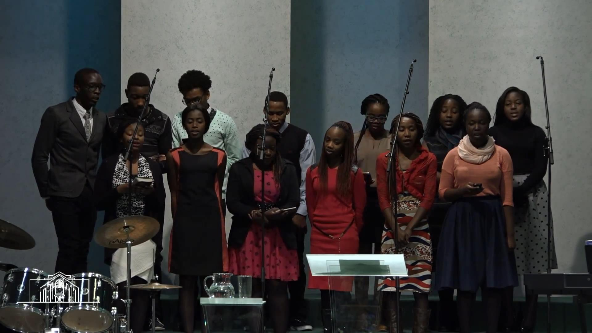 Хор африканской молодежи — «Господь мой Пастырь».mp4_snapshot_02.20_[2016.03.28_16.11.03]